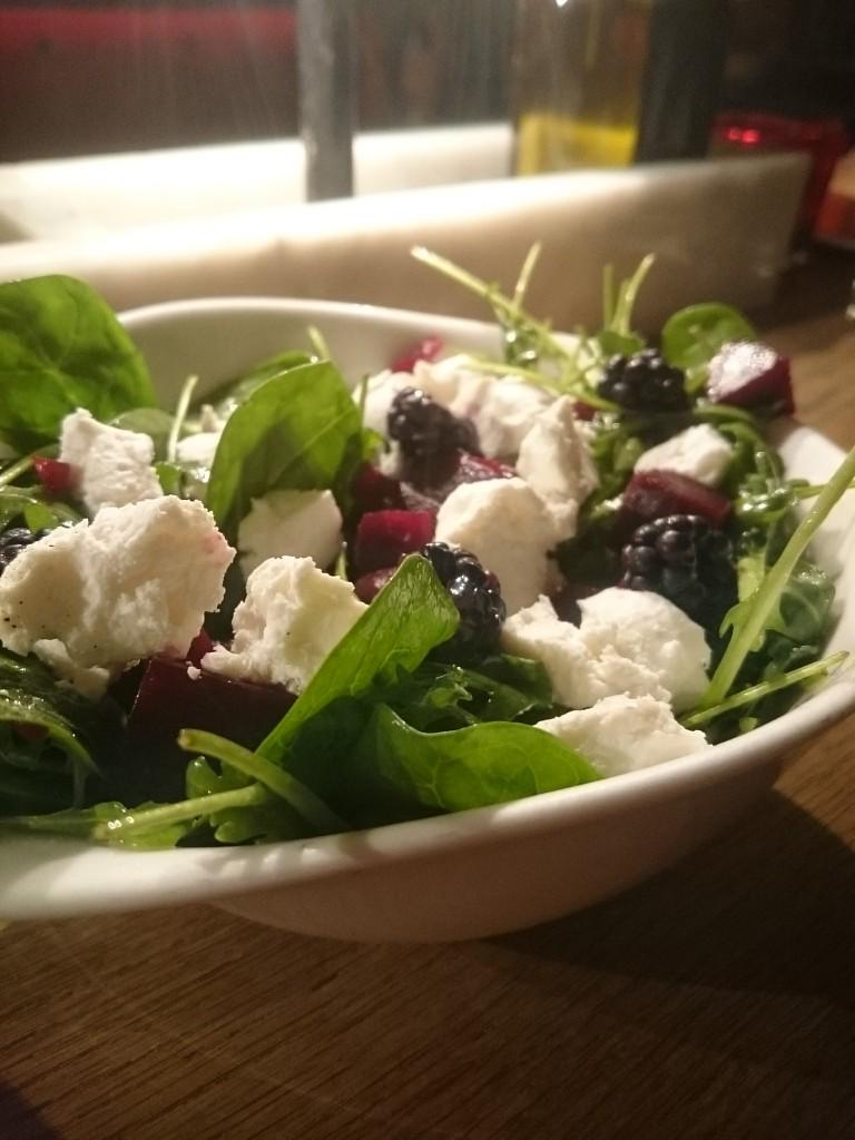 Vapiano, Salat, Ziegenkäse, Brombeeren, Rote Bete, Insalata Deliziosa
