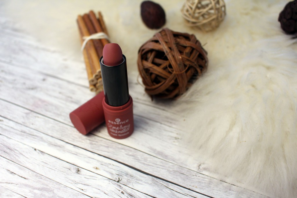 essence, me & my umbrella, LE, Limited Edition, Herbst, 2016, matt lipstick, matt, Lippenstift, Rosenholz, crazy autumn love