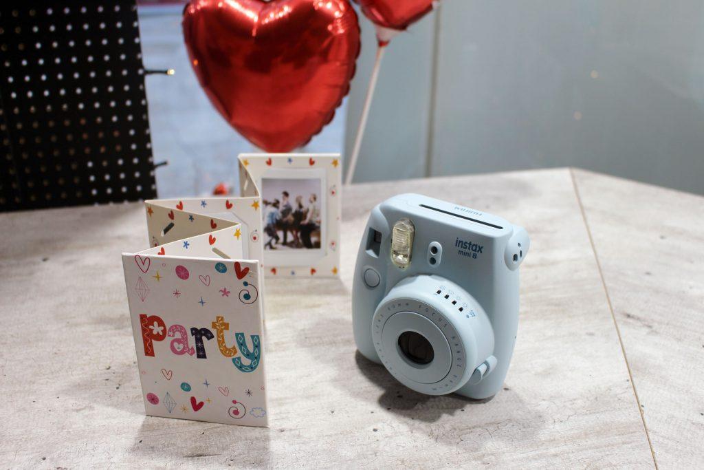 FOBI X, Bilderwerkstatt, Fujifilm, Instax, Sofortbild, Kamera, Shop, citylab, Bremen, Instax Mini 8