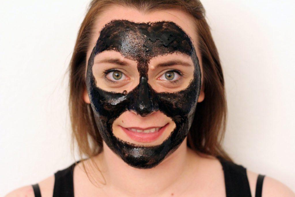 blackhead pilaten maske l ist die schei e ihr geld. Black Bedroom Furniture Sets. Home Design Ideas